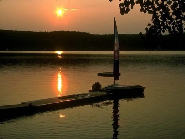 Images coucher de soleil - Page 2 18bd4df9